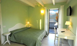 Junior Suite Villa Carolina holiday apartments Domaso Lake Como
